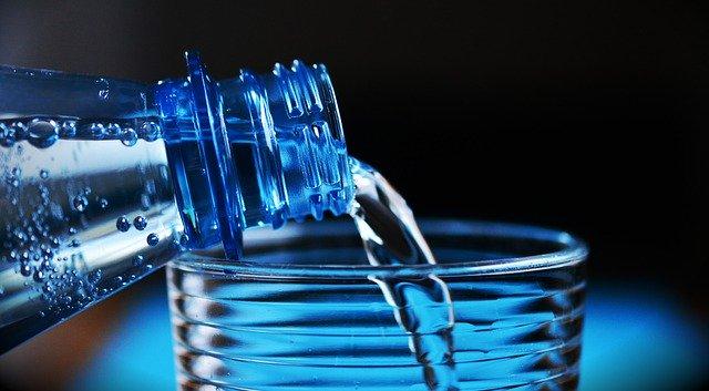 Przegląd oferty wód mineralnych przedsiębiorstwa Żywiec Zdrój