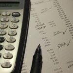 Współpraca z biurem księgowym i korzyści z niej wynikające